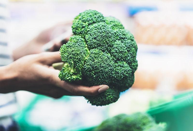 ¿Cómo saber qué brócoli comprar?